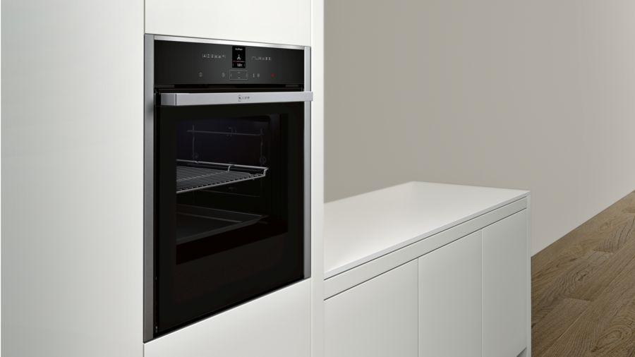 Neff N70 Single Oven B57CR22N0B-3